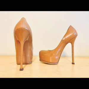 ✨HOST PICK✨ Nude Patent YSL Tribtoo Pumps 👠